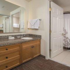 Отель Residence Inn Frederick ванная фото 2