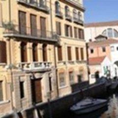 Отель Bed And Venice Венеция фото 2