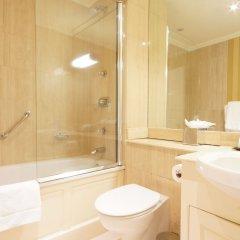 The Leonard Hotel ванная