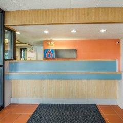 Отель Motel 6 Columbus - Worthington США, Колумбус - отзывы, цены и фото номеров - забронировать отель Motel 6 Columbus - Worthington онлайн интерьер отеля фото 2