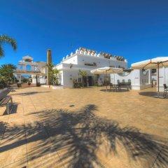 Отель Apartamentos Piedramar Испания, Кониль-де-ла-Фронтера - отзывы, цены и фото номеров - забронировать отель Apartamentos Piedramar онлайн пляж
