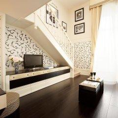 Отель Castille Paris - Starhotels Collezione Франция, Париж - 4 отзыва об отеле, цены и фото номеров - забронировать отель Castille Paris - Starhotels Collezione онлайн интерьер отеля