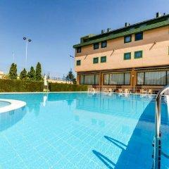 Отель Sercotel Horus Salamanca бассейн