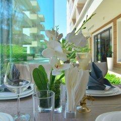 Отель Sandy Beach Resort Албания, Голем - отзывы, цены и фото номеров - забронировать отель Sandy Beach Resort онлайн питание фото 2