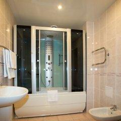 Гостиница Бизнес-отель Кострома в Костроме 13 отзывов об отеле, цены и фото номеров - забронировать гостиницу Бизнес-отель Кострома онлайн ванная