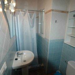 Отель Apartamentos centro de Conil Испания, Кониль-де-ла-Фронтера - отзывы, цены и фото номеров - забронировать отель Apartamentos centro de Conil онлайн ванная