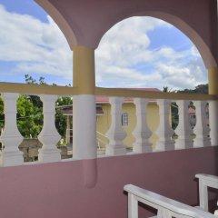 Отель Little Shaw Park Guest House балкон