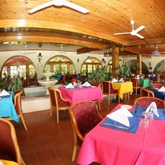Charela Inn Hotel питание фото 3
