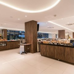 New Square Patong Hotel питание фото 3