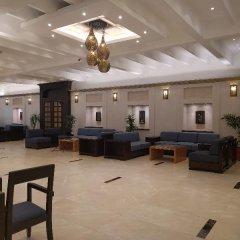 Отель Lou Lou'a Beach Resort ОАЭ, Шарджа - 7 отзывов об отеле, цены и фото номеров - забронировать отель Lou Lou'a Beach Resort онлайн интерьер отеля фото 3