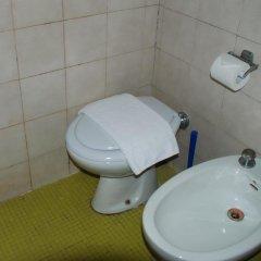 Отель Hostel Verona Италия, Милан - отзывы, цены и фото номеров - забронировать отель Hostel Verona онлайн ванная
