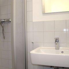 Отель BNB Brandenburg Gate Германия, Берлин - отзывы, цены и фото номеров - забронировать отель BNB Brandenburg Gate онлайн ванная