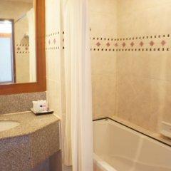 Отель Naklua Beach Resort ванная
