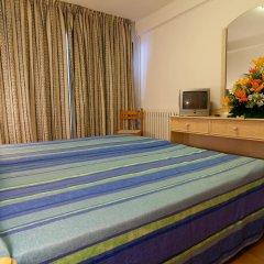Отель El Puerto Ibiza Hotel & Spa Испания, Ивиса - 3 отзыва об отеле, цены и фото номеров - забронировать отель El Puerto Ibiza Hotel & Spa онлайн комната для гостей фото 4