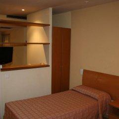 Отель Bluesense Madrid Serrano Испания, Мадрид - отзывы, цены и фото номеров - забронировать отель Bluesense Madrid Serrano онлайн комната для гостей