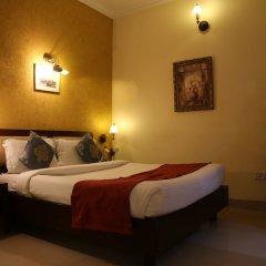 Отель The Corus Hotel Индия, Нью-Дели - отзывы, цены и фото номеров - забронировать отель The Corus Hotel онлайн сейф в номере