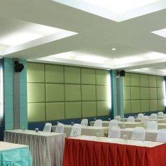 Отель Sea Breeze Jomtien Resort фото 4