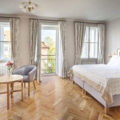 Отель U Zlatych nuzek Чехия, Прага - отзывы, цены и фото номеров - забронировать отель U Zlatych nuzek онлайн комната для гостей фото 4