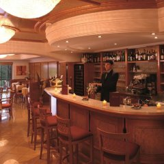 Hotel Sonnenburg Меран гостиничный бар