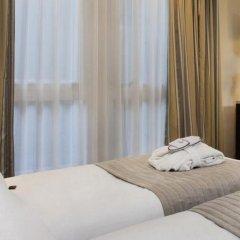 Отель Le Pera Париж комната для гостей фото 5