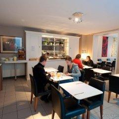 Canalview Hotel Ter Reien питание