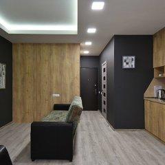 Апартаменты Gallery Apartments B комната для гостей фото 4