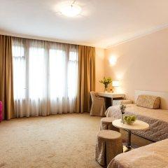 Hotel Geneva комната для гостей