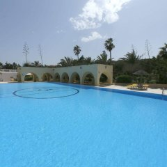 Отель Mediterranee Thalasso-Golf Хаммамет бассейн