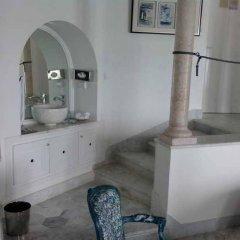 La Villa Bleue in Tunis, Tunisia from 173$, photos, reviews - zenhotels.com bathroom photo 2
