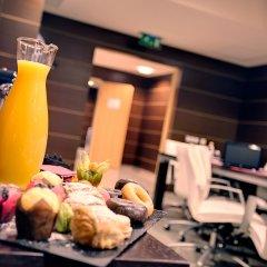 Отель Crowne Plaza Madrid Airport гостиничный бар