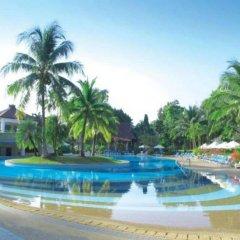 Отель Maritime Park And Spa Resort Нуа-Клонг бассейн