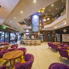 Hugo's Boutique Hotel - Adults Only гостиничный бар