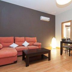 Апартаменты Bbarcelona Apartments Sagrada Familia Terrace Flats Барселона комната для гостей фото 3