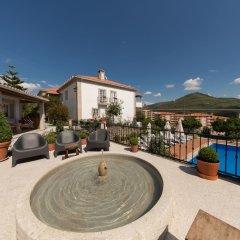 Отель Casa de São Domingos Португалия, Пезу-да-Регуа - отзывы, цены и фото номеров - забронировать отель Casa de São Domingos онлайн бассейн фото 3