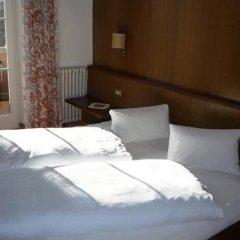 Отель Gasthof Stiegenwirt Парчинес сейф в номере