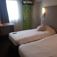 Отель Campanile Nice Aeroport Ницца комната для гостей фото 5