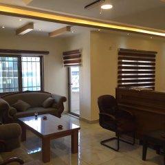 Отель Suzan Studios & Apartments Иордания, Амман - отзывы, цены и фото номеров - забронировать отель Suzan Studios & Apartments онлайн интерьер отеля фото 2