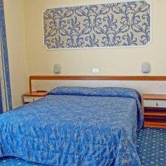 Hotel River Римини комната для гостей