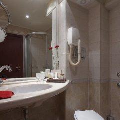 Отель Capitol Hotel Болгария, Варна - отзывы, цены и фото номеров - забронировать отель Capitol Hotel онлайн ванная фото 2