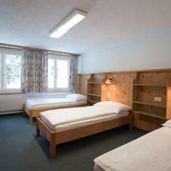 Отель Spengler Hostel Швейцария, Давос - отзывы, цены и фото номеров - забронировать отель Spengler Hostel онлайн комната для гостей фото 7