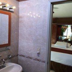 Отель Dickinson Guest House ванная
