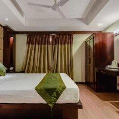 Отель B Continental Индия, Нью-Дели - отзывы, цены и фото номеров - забронировать отель B Continental онлайн сейф в номере