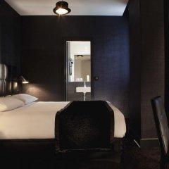 First Hotel Paris - Tour Eiffel комната для гостей