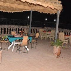 Отель Dar Nadia Bendriss Марокко, Уарзазат - отзывы, цены и фото номеров - забронировать отель Dar Nadia Bendriss онлайн бассейн фото 3