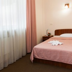 Гостиница У фонтана комната для гостей