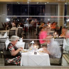Отель Capital Coast Resort & Spa питание фото 3
