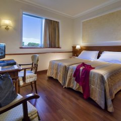 Отель Grand Hotel Terme Италия, Монтегротто-Терме - отзывы, цены и фото номеров - забронировать отель Grand Hotel Terme онлайн комната для гостей фото 2