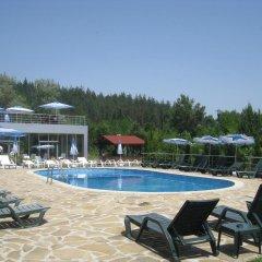 Relax Coop Hotel Велико Тырново бассейн фото 3