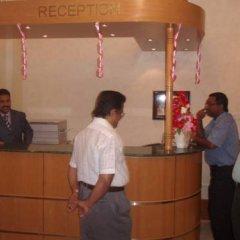 Отель Hamilton Hotel Apartments ОАЭ, Аджман - отзывы, цены и фото номеров - забронировать отель Hamilton Hotel Apartments онлайн интерьер отеля фото 3