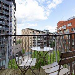 Отель 2 Bedroom Flat In Holloway With Balcony And Courtyard балкон